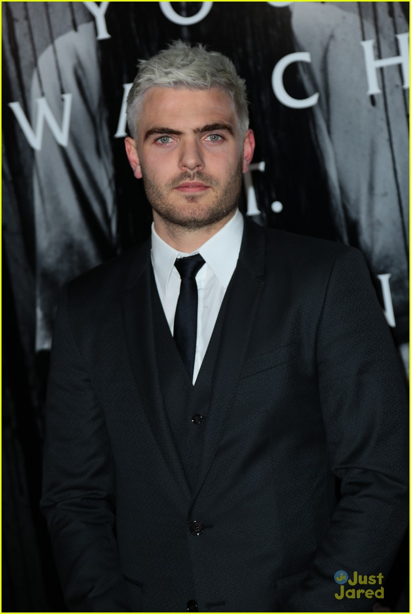 alex roe aimee teegarden silver hair rings premiere 22