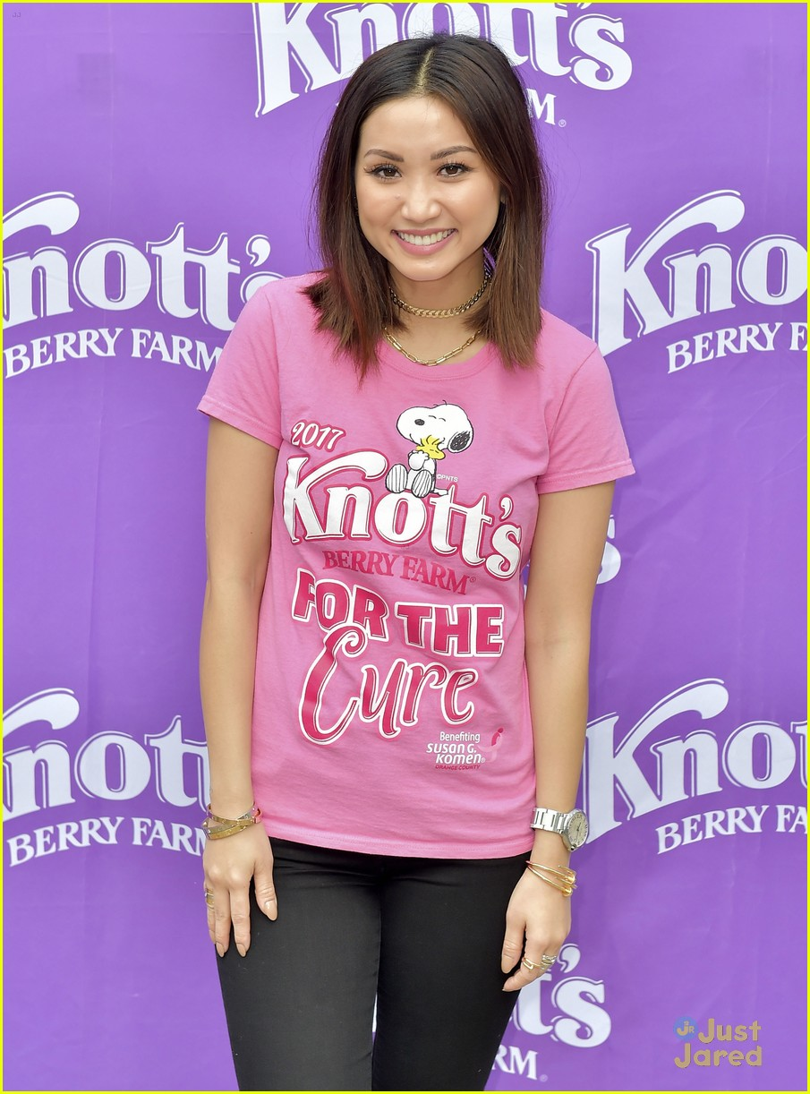 brenda song knotts for cure event 07