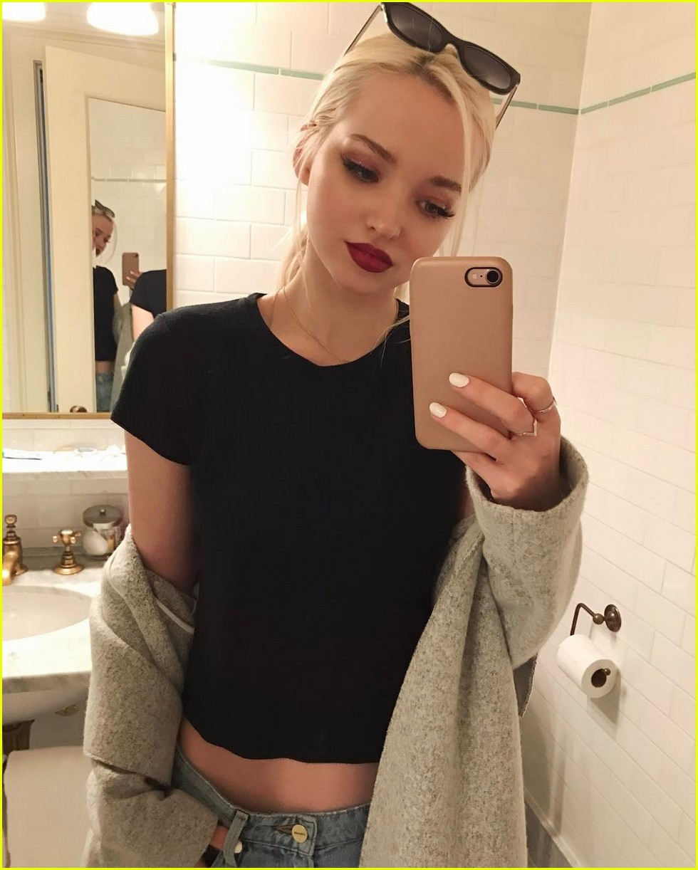 Selfie Dove Cameron nudes (49 photo), Ass, Leaked, Instagram, braless 2015