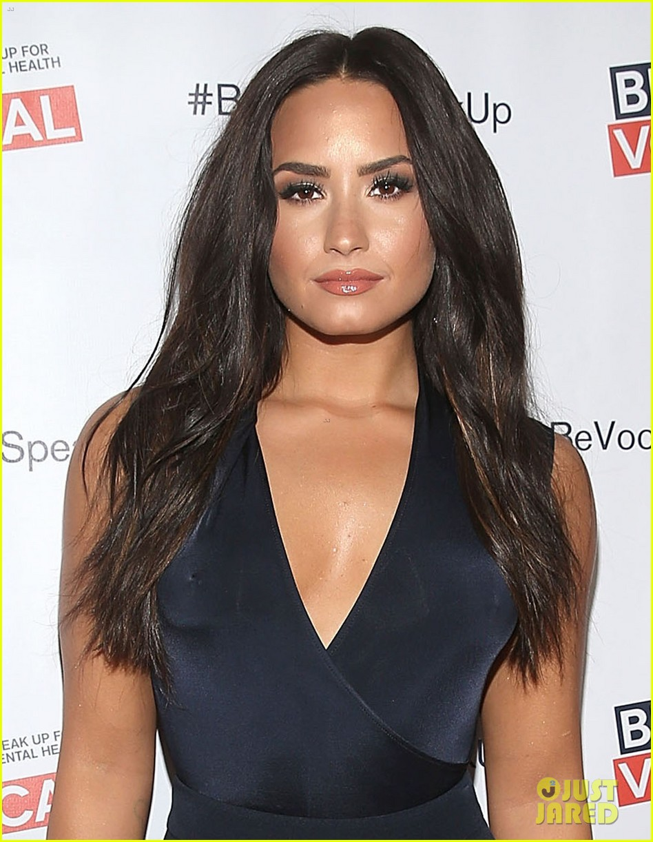 demi lovato premieres beyond silence documentary im bipolar and proud 01