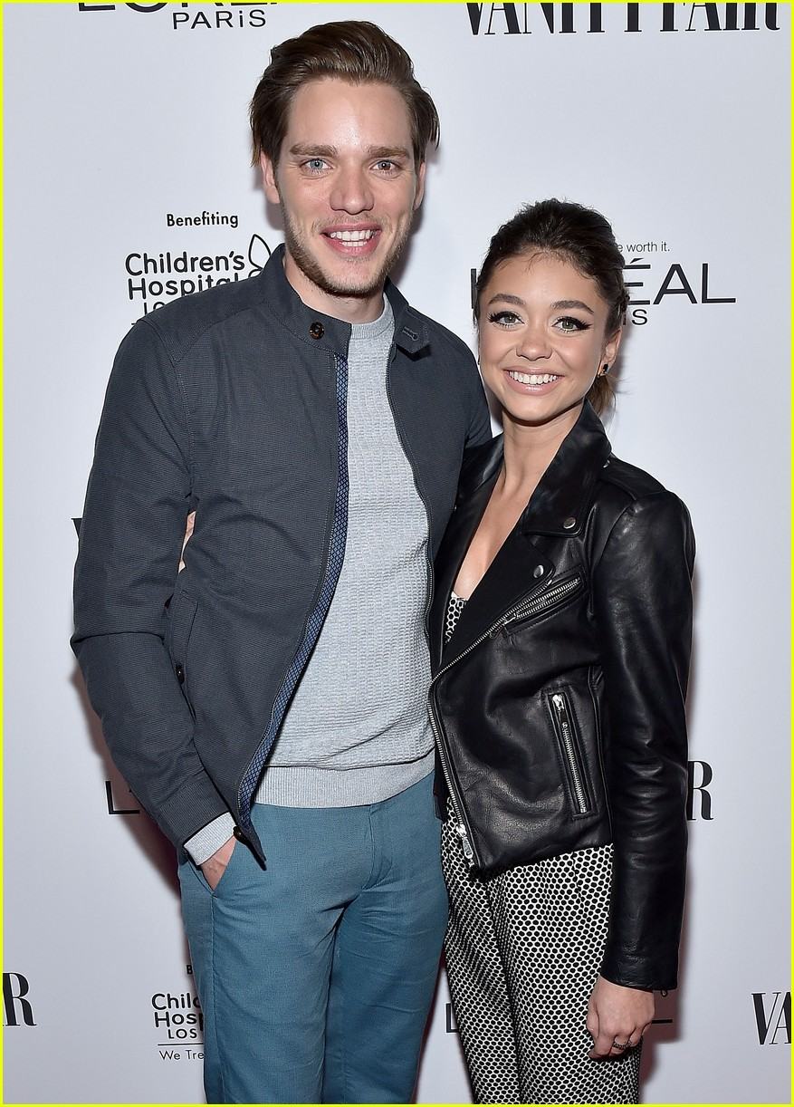 sarah hyland 2 years dominic sherwood 01