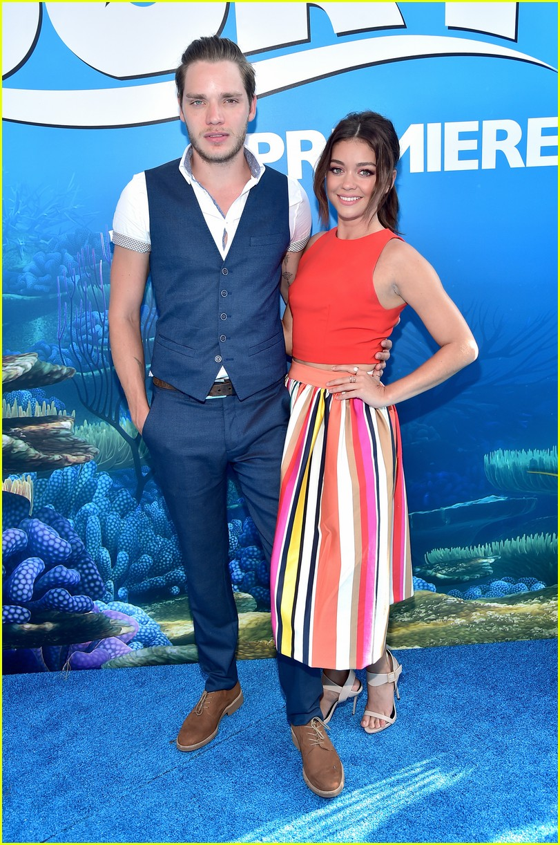 sarah hyland 2 years dominic sherwood 04