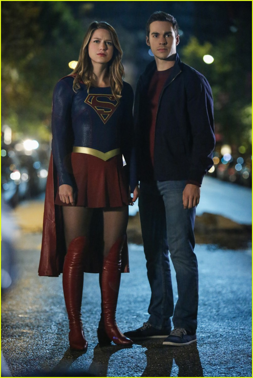 melissa benoist chris wood are dating 01