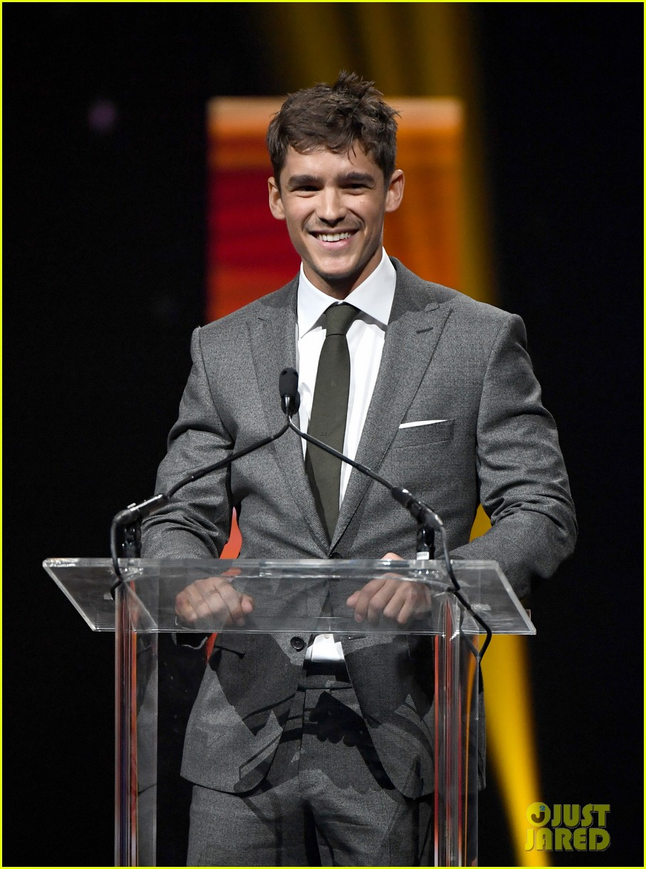 ansel elgort brenton thwaites and isabela moner win big at cinemacon 2017 06
