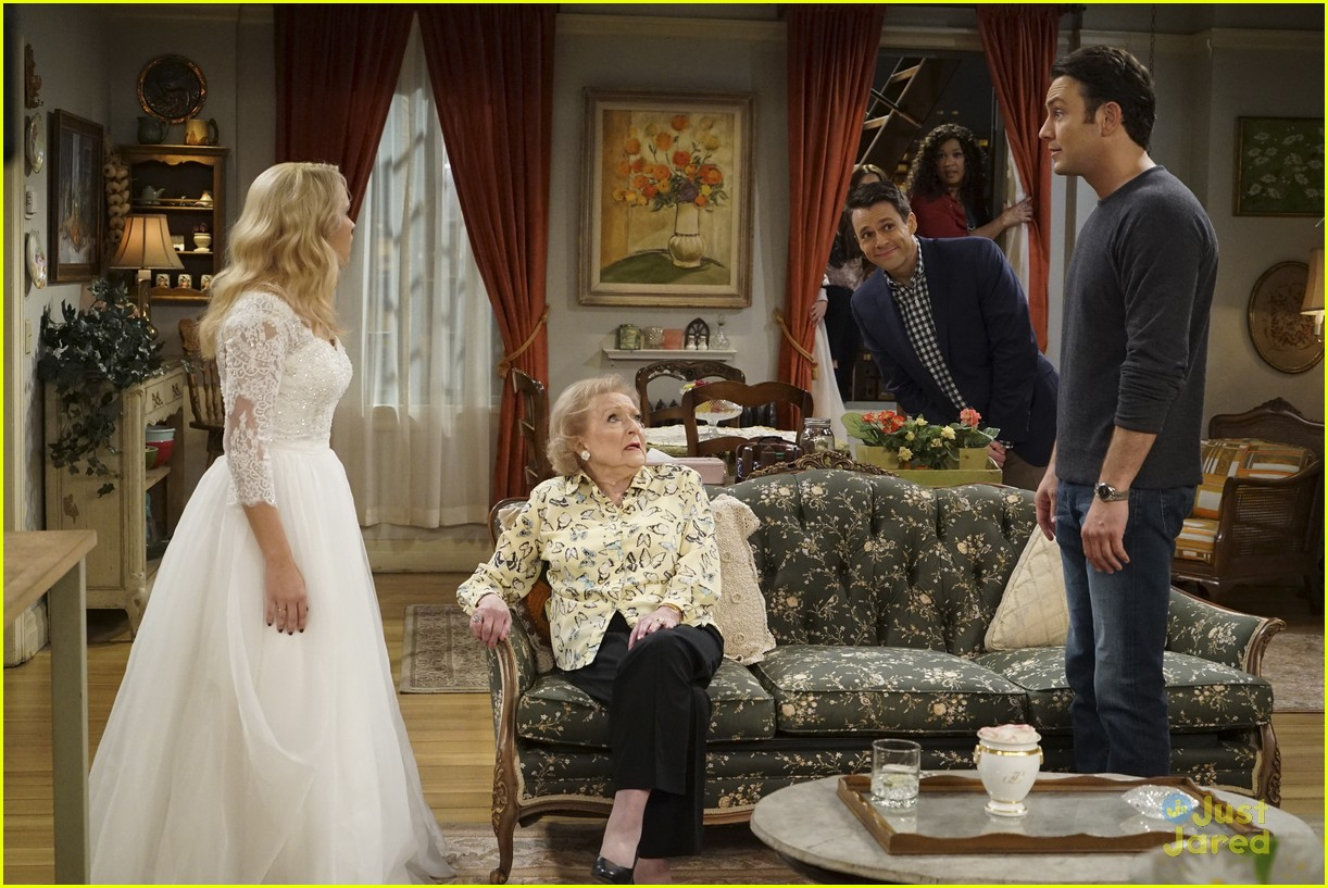 emily osment wedding dress episode betty white young hungry 15