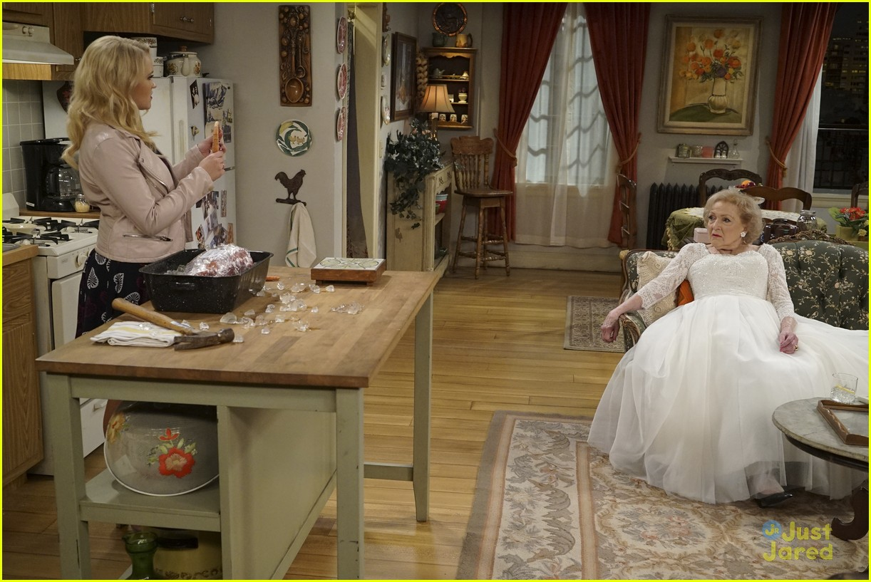 emily osment wedding dress episode betty white young hungry 30