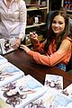 maddie ziegler sia movie book signing 04