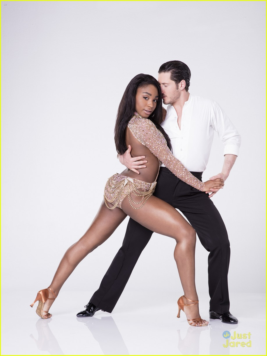 normani kordei reaction val chmerkovskiy partner dwts 03