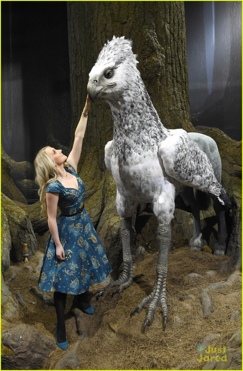 harry potter forbidden forest opening phelps evanna warwick 05