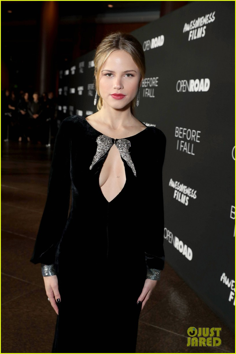 zoey deutch halston sage before fall premiere 02