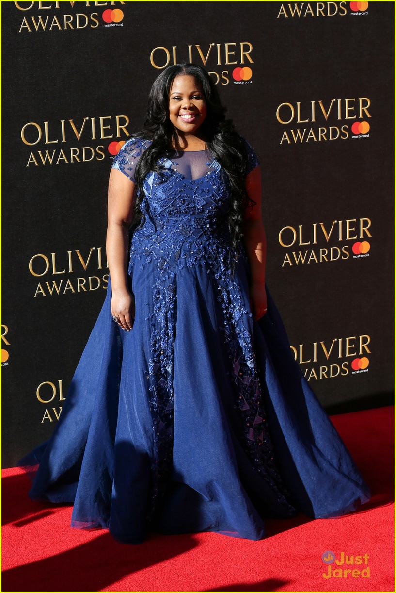 amber riley wins olivier awards glee cast freaks out 01