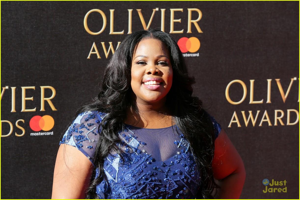 amber riley wins olivier awards glee cast freaks out 03