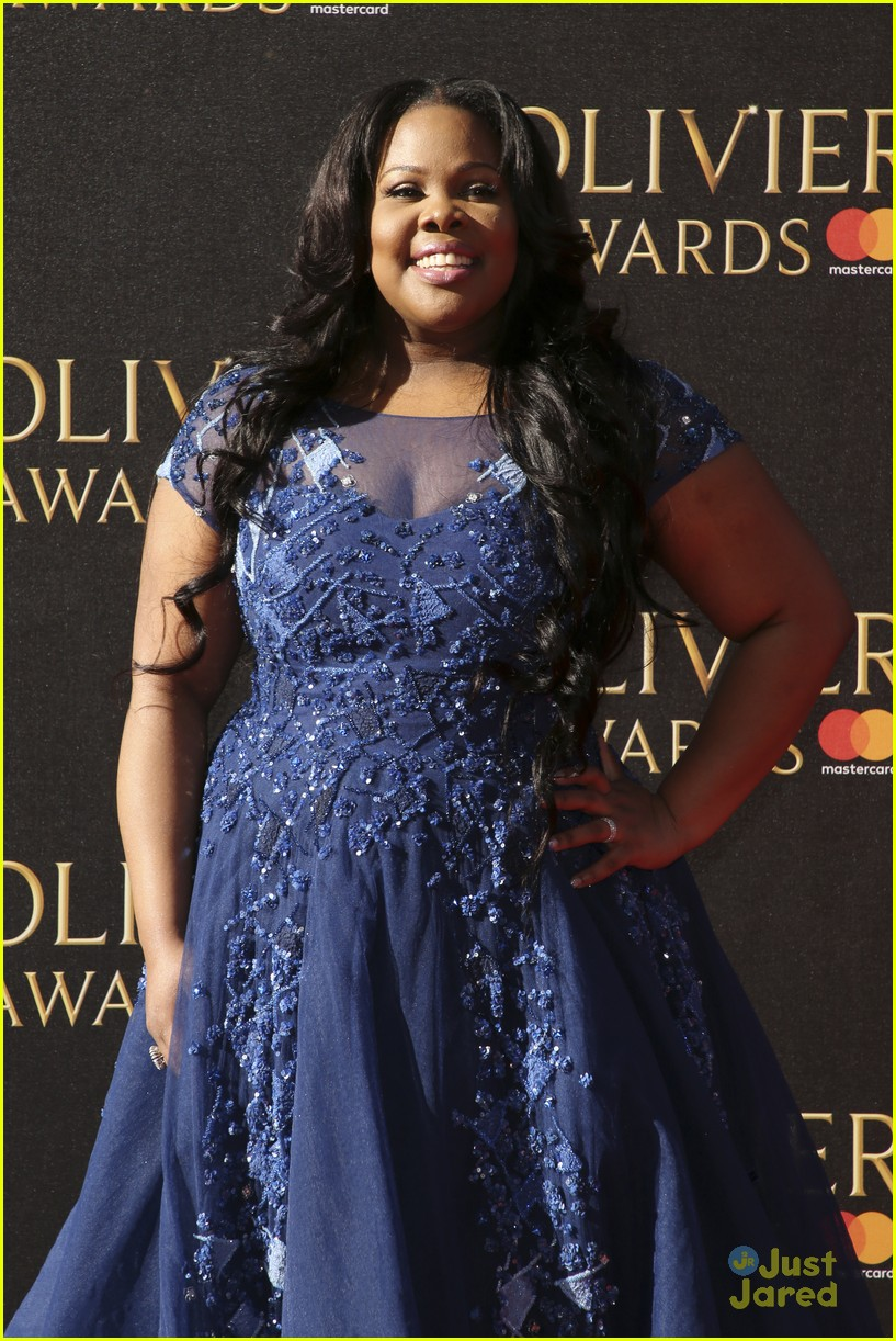 amber riley wins olivier awards glee cast freaks out 07