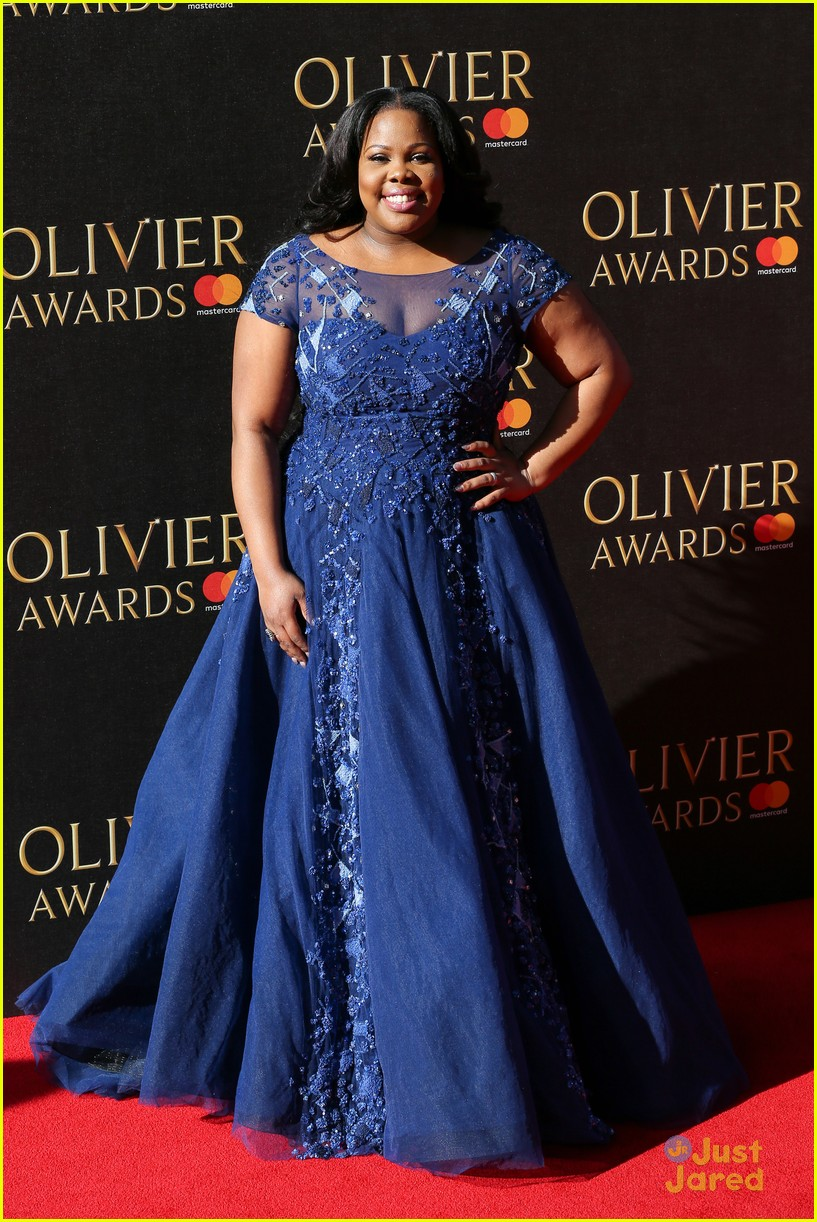 amber riley wins olivier awards glee cast freaks out 09