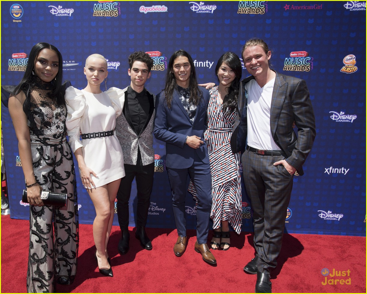 china mcclain lauryn d2 cast rdmas 02