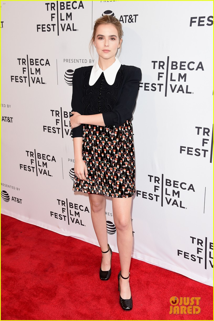 zoey deutch premieres new movie flower at tribeca film festival 07