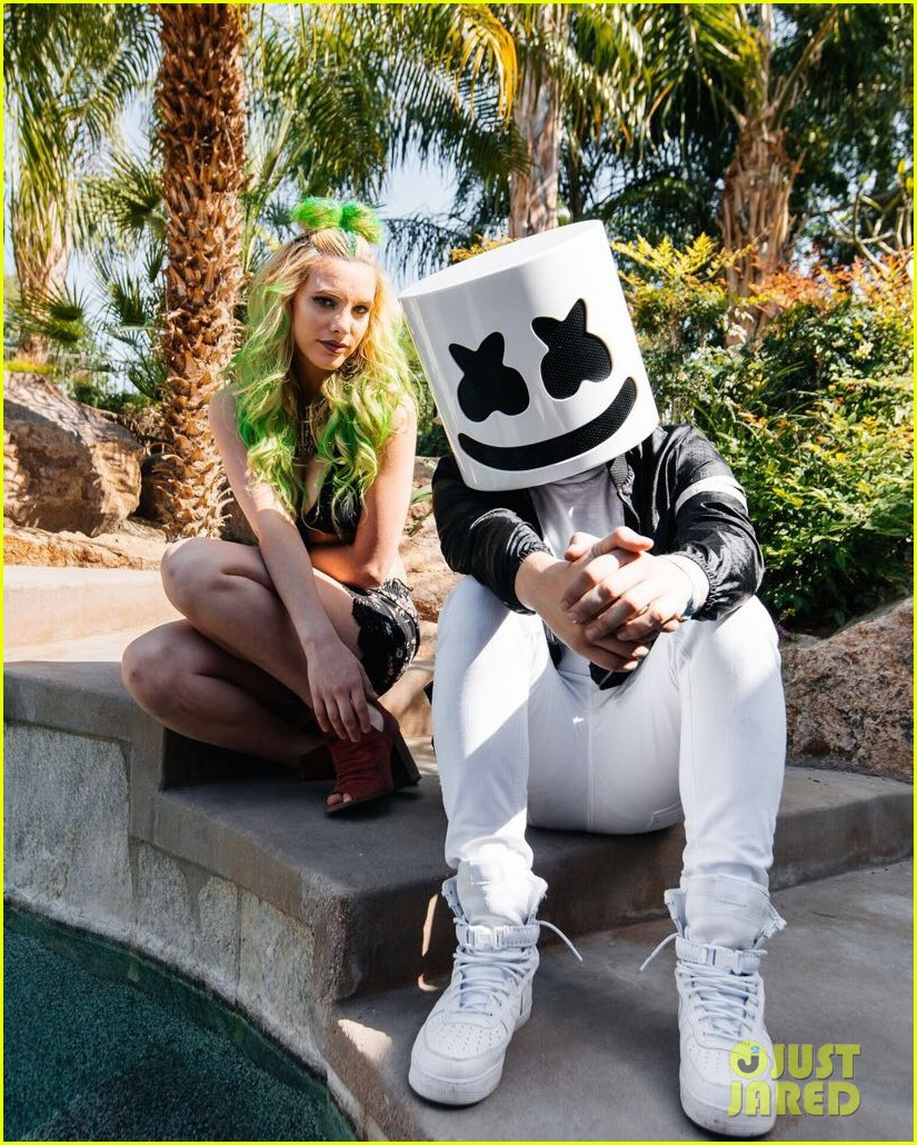 exclusive backstage with lele pons before she hit the coachell stage with marshmello 02