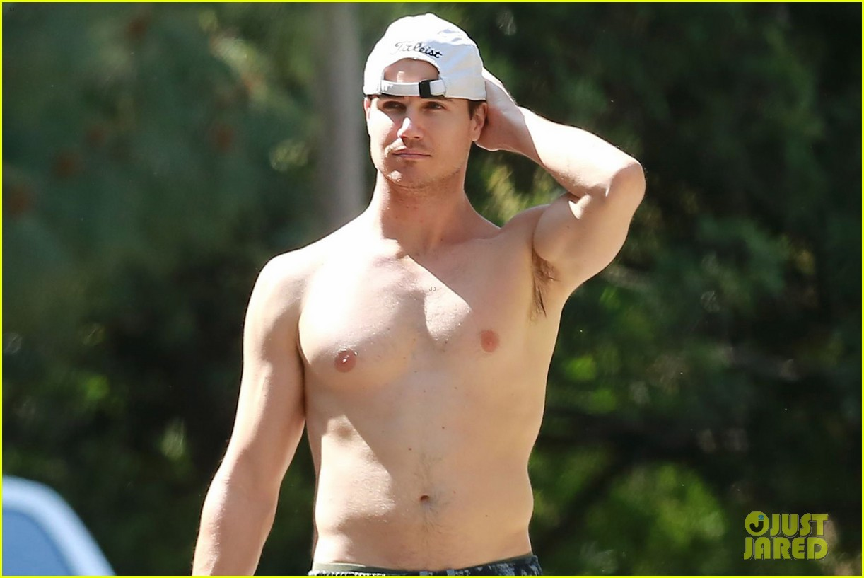 robbie amell goes shirtless on a hike 04