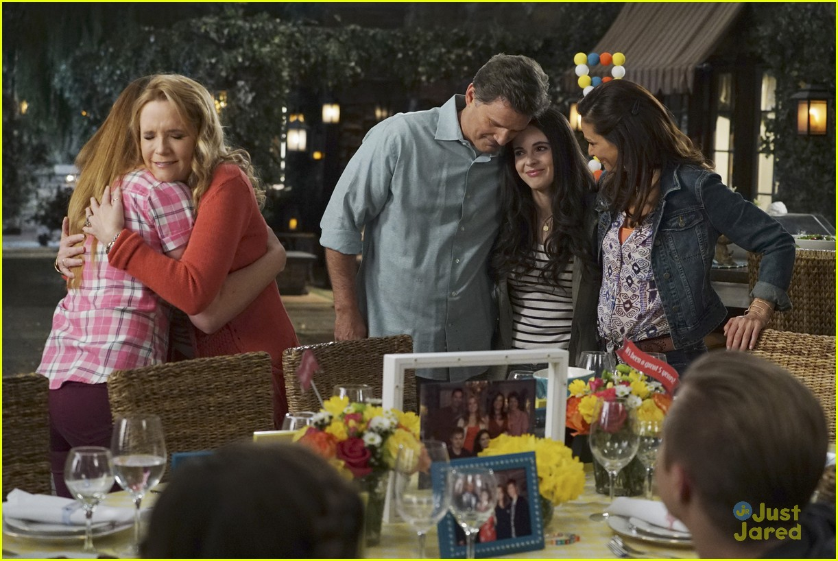 switched series finale pics promos clips 25