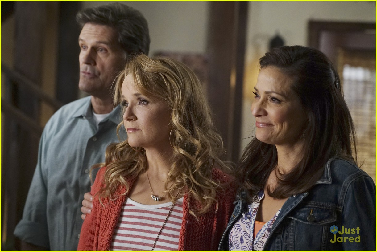 switched series finale pics promos clips 31