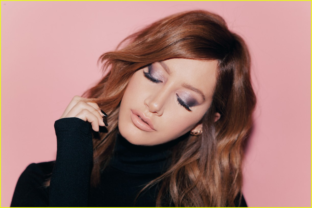 ashley tisdale lashes illuminate 02