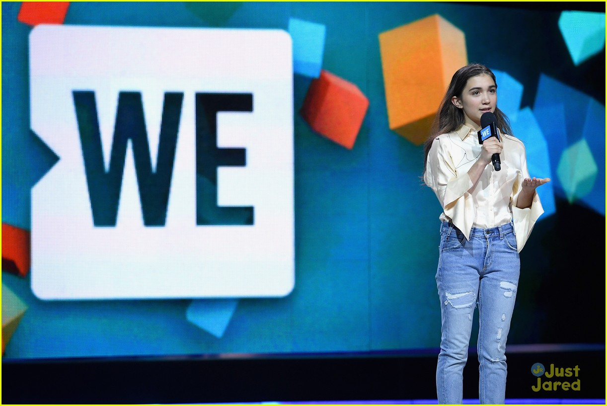we day new york rowan skai more stars inspiring 04