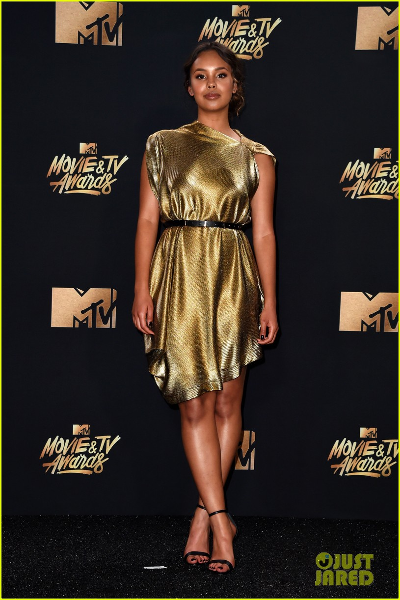 alisha boe 13 reasons why full cast mtv awards 01