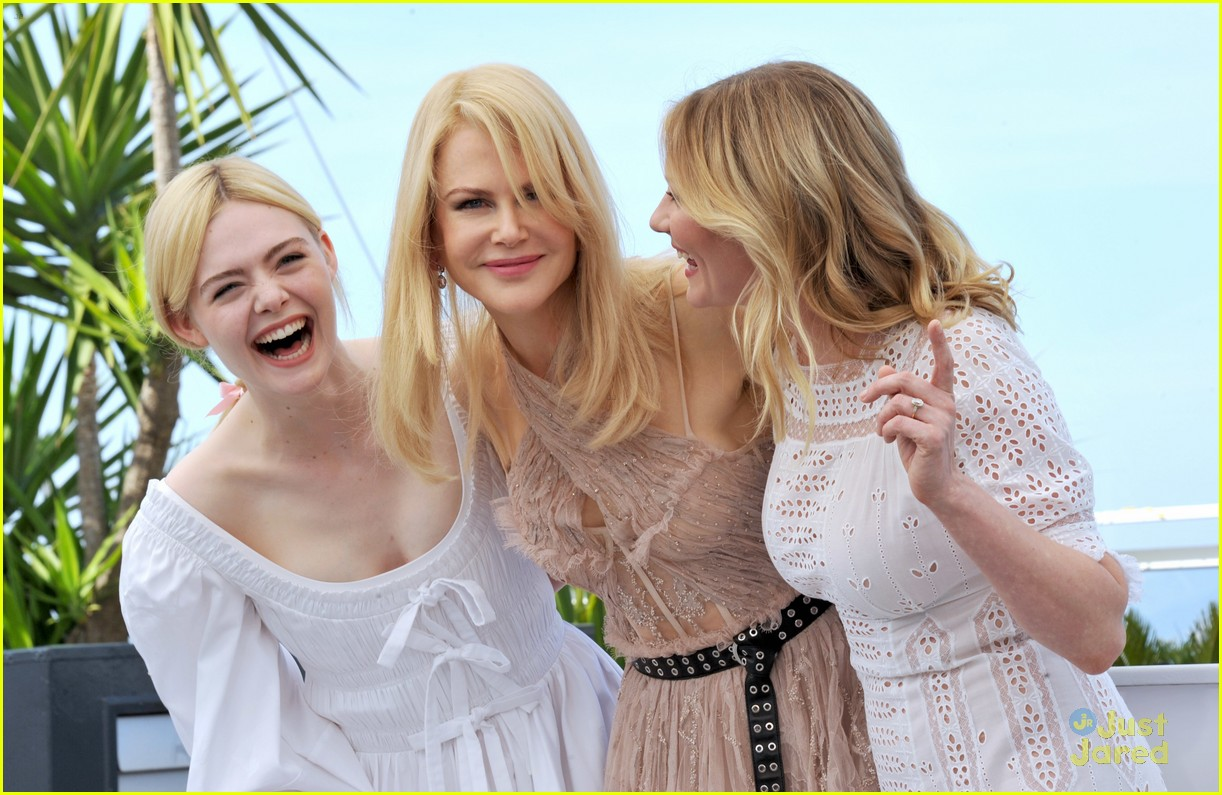 addison riecke anjourie rice elle fanning beguiled cannes premiere 02