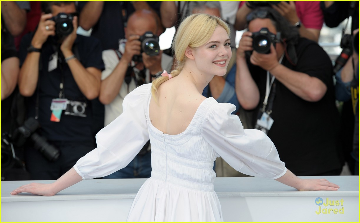 addison riecke anjourie rice elle fanning beguiled cannes premiere 11
