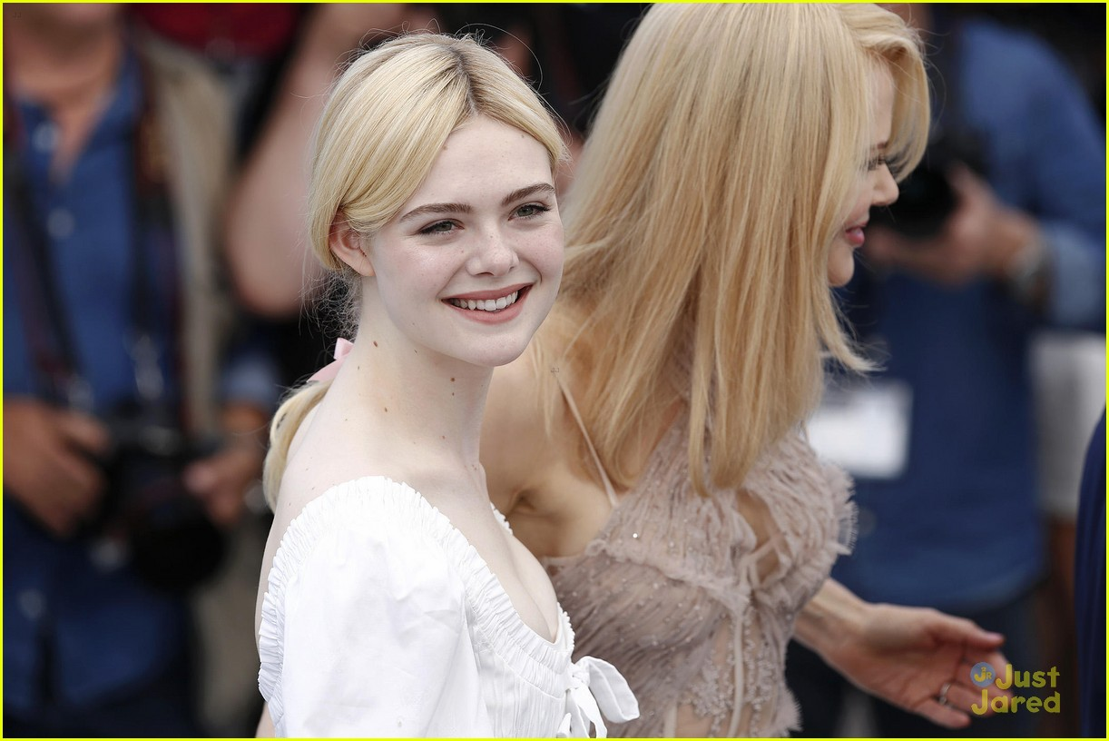 addison riecke anjourie rice elle fanning beguiled cannes premiere 30