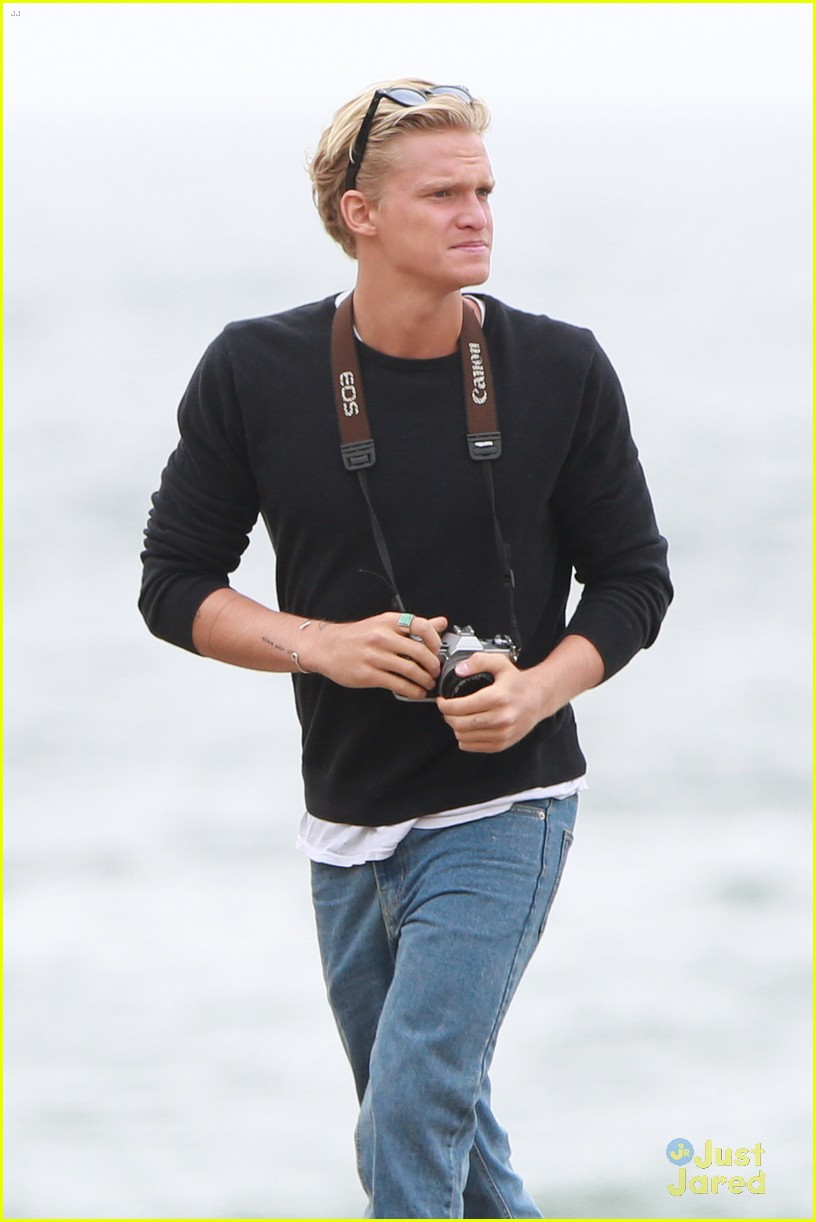 cody simpson surf music video beach 03