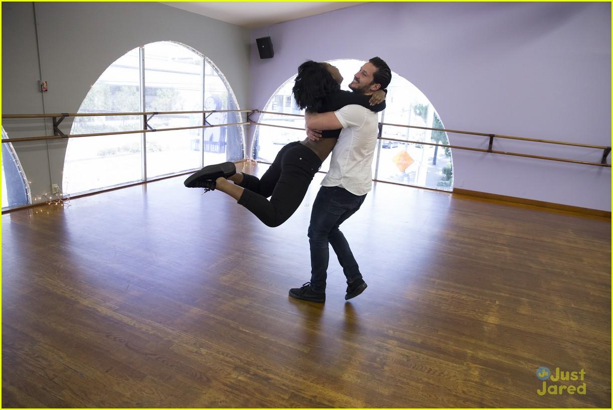dancing with stars finals details bts pics 05