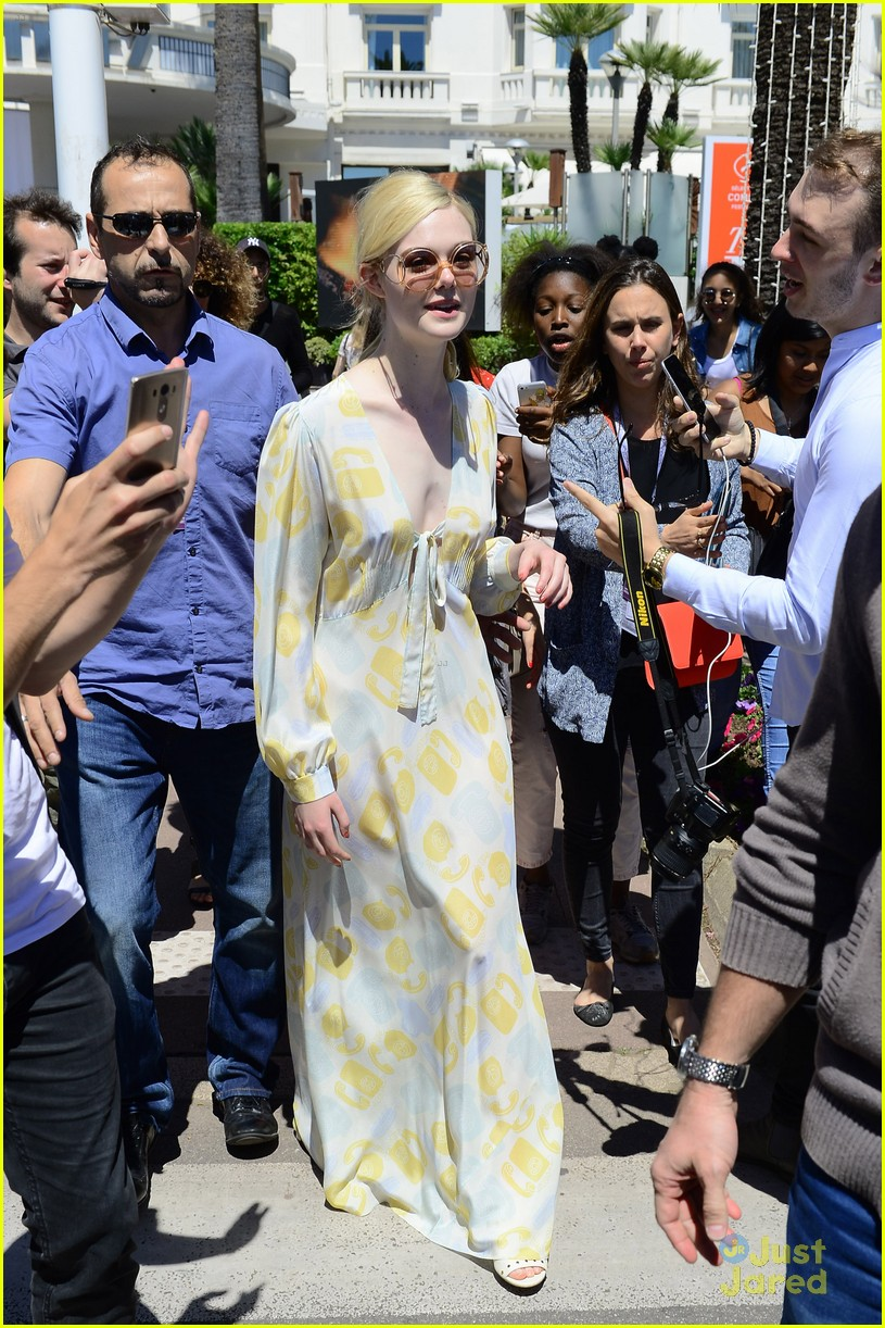 elle fanning out cannes special pjs 14