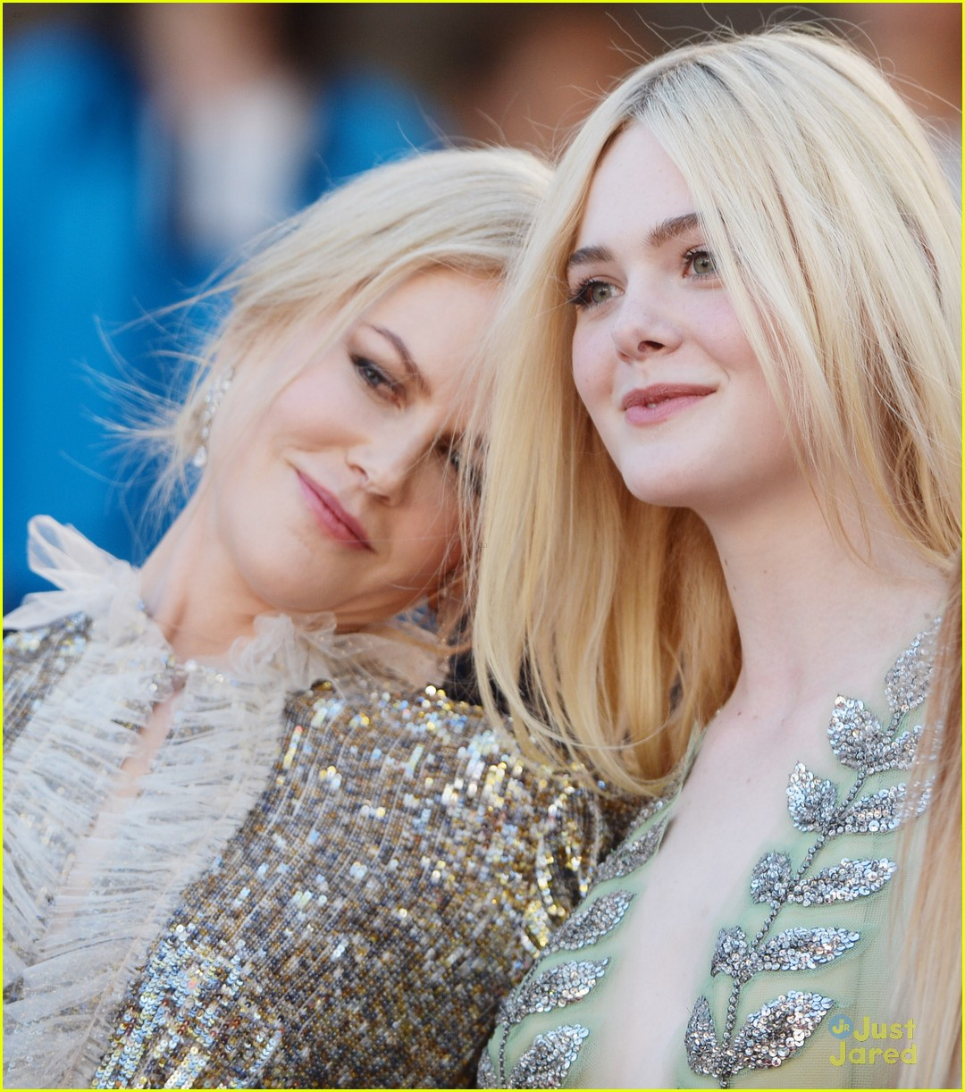 elle fanning bottom gucci dress cannes talk premiere 02