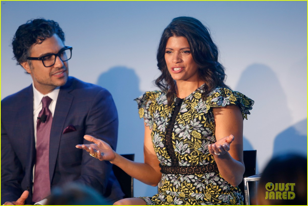 jane the virgin panel 17