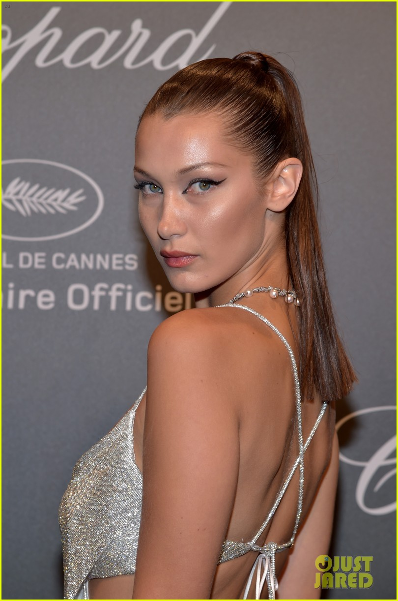 bella hadid is all about the sparkles and cat eye at chopard space party 02