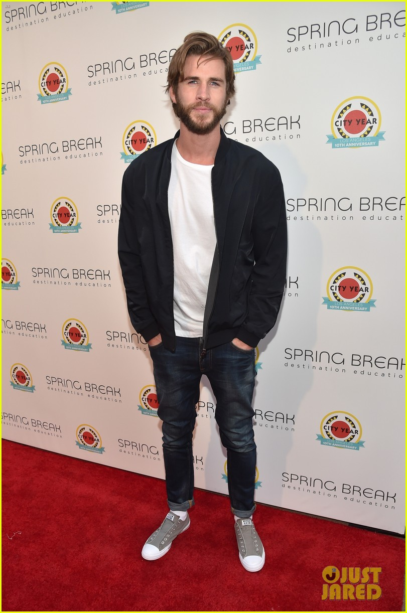 liam hemsworth joey king step out at annual city year la spring break event 01