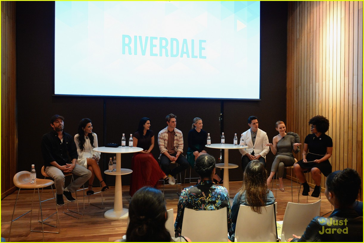 riverdale cast fred fate vulture festival 17