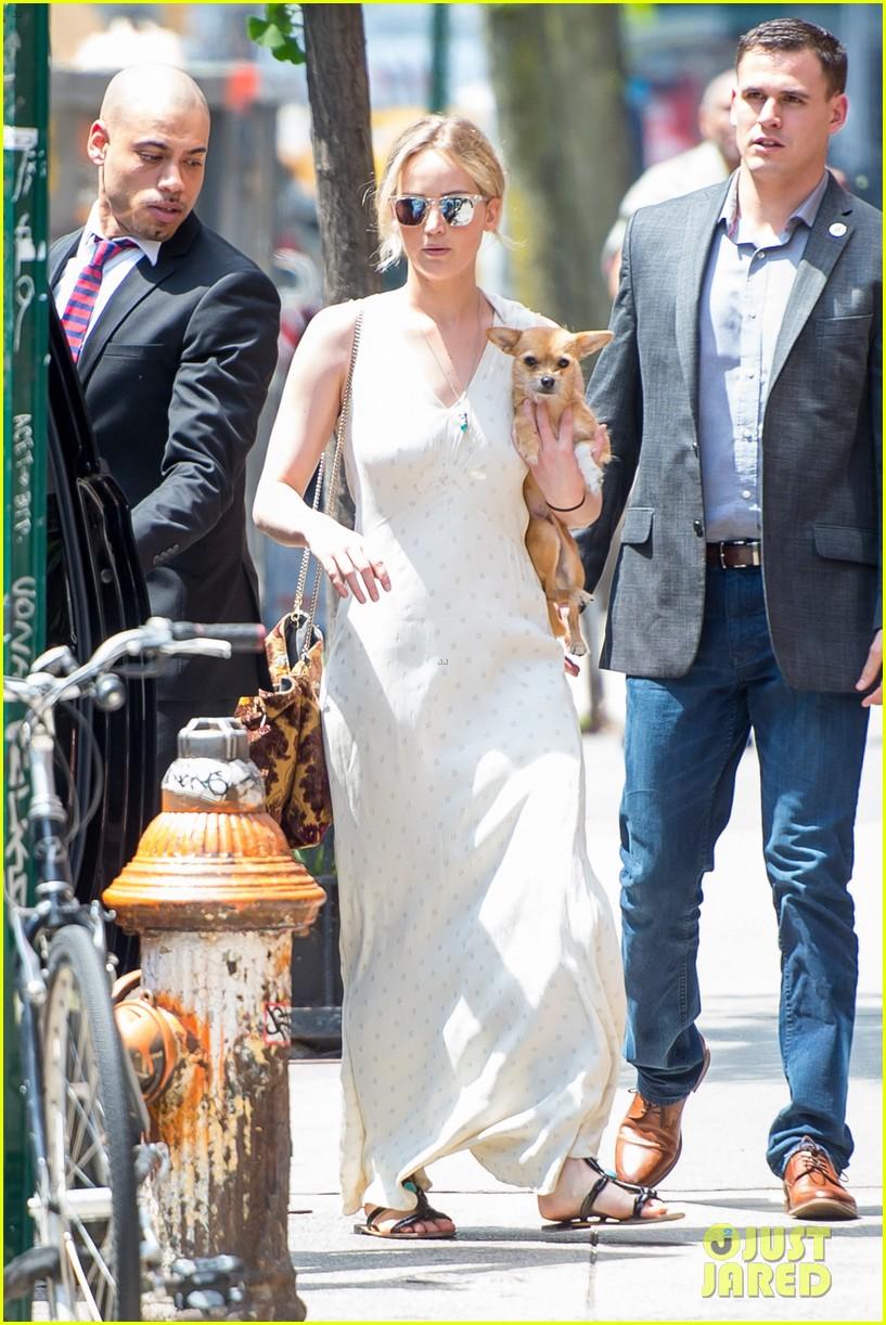 Jennifer Lawrence Takes Her Pup to Boyfriend Darren ...