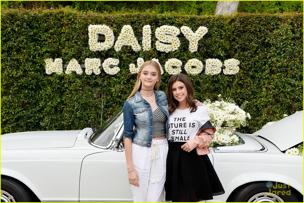 madisyn shipman lizzy greene marc jacobs event 02