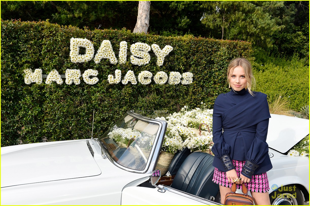 madisyn shipman lizzy greene marc jacobs event 16