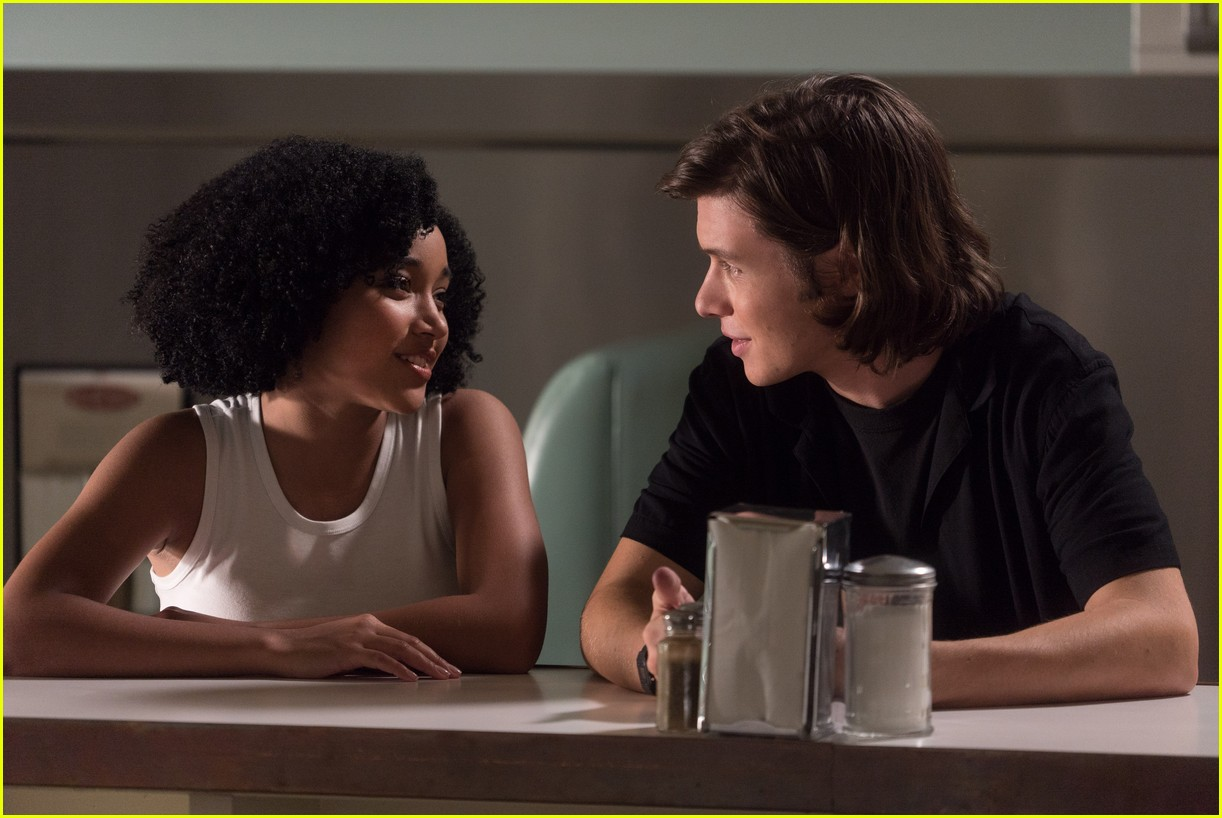 nick robinson amandla stenberg interview 01