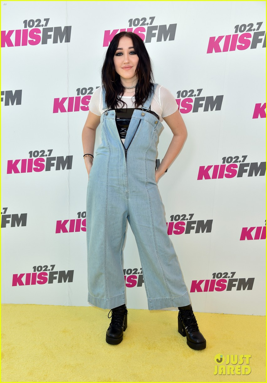 katy perry joins niall horan liam payne at wango tango05