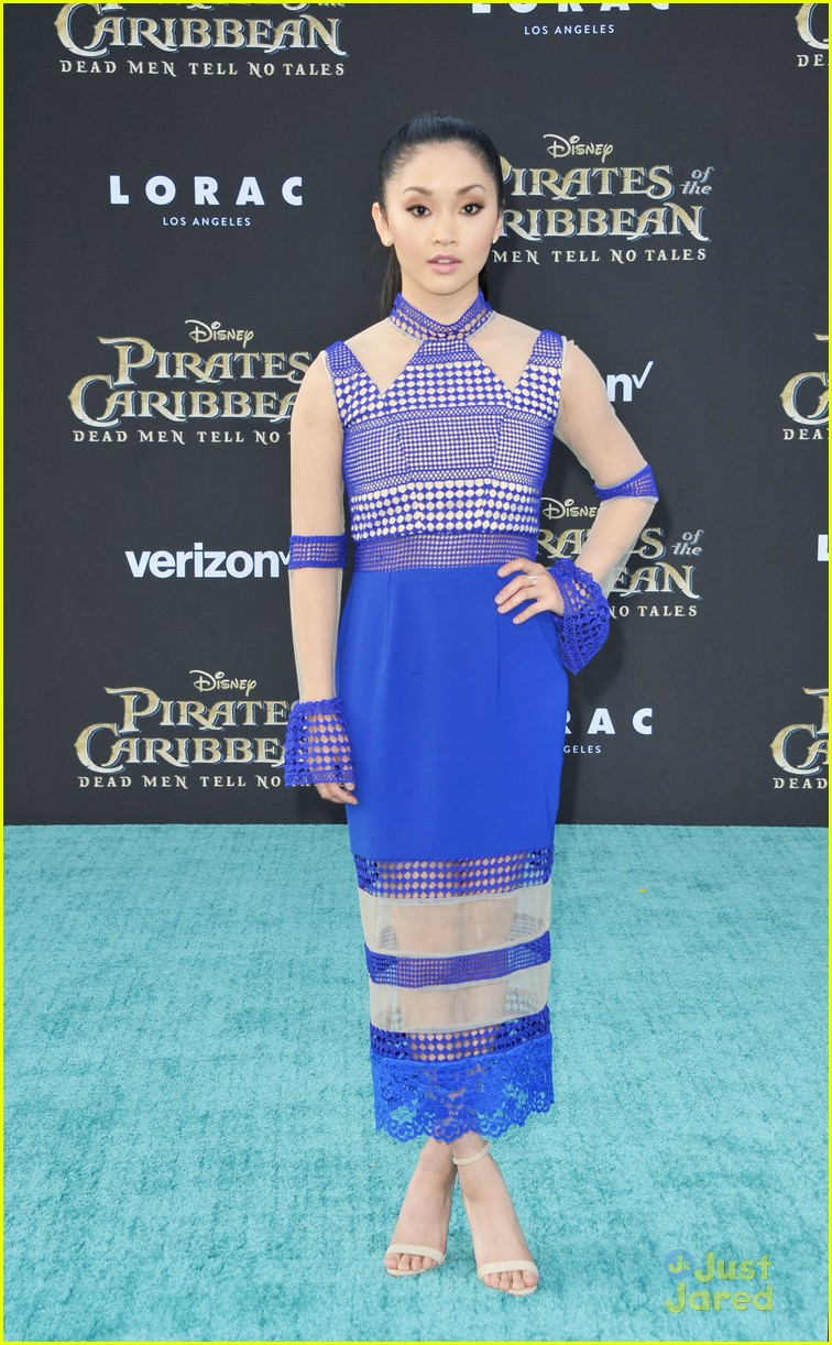 riker lynch no costume pirates premiere lana condor more 14