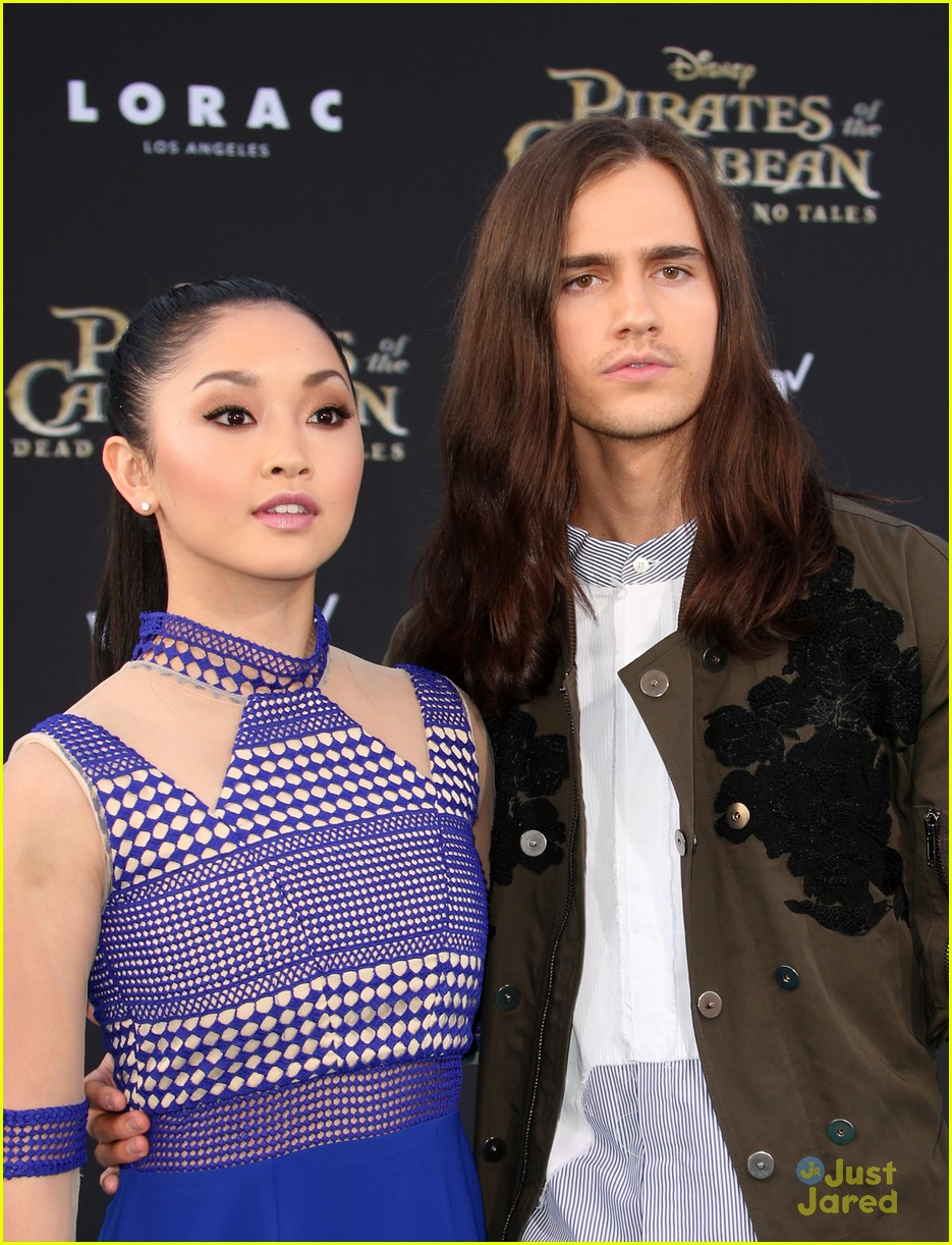 riker lynch no costume pirates premiere lana condor more 18