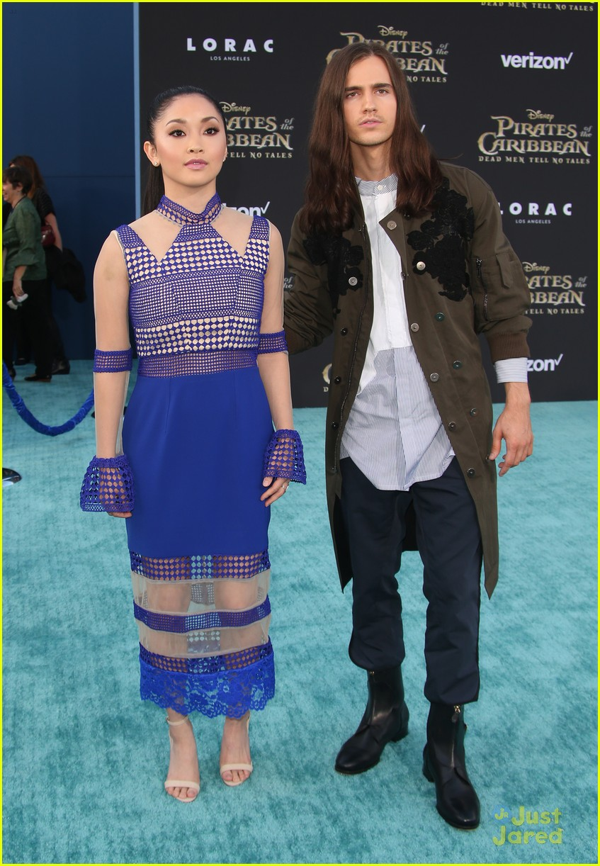 riker lynch no costume pirates premiere lana condor more 20