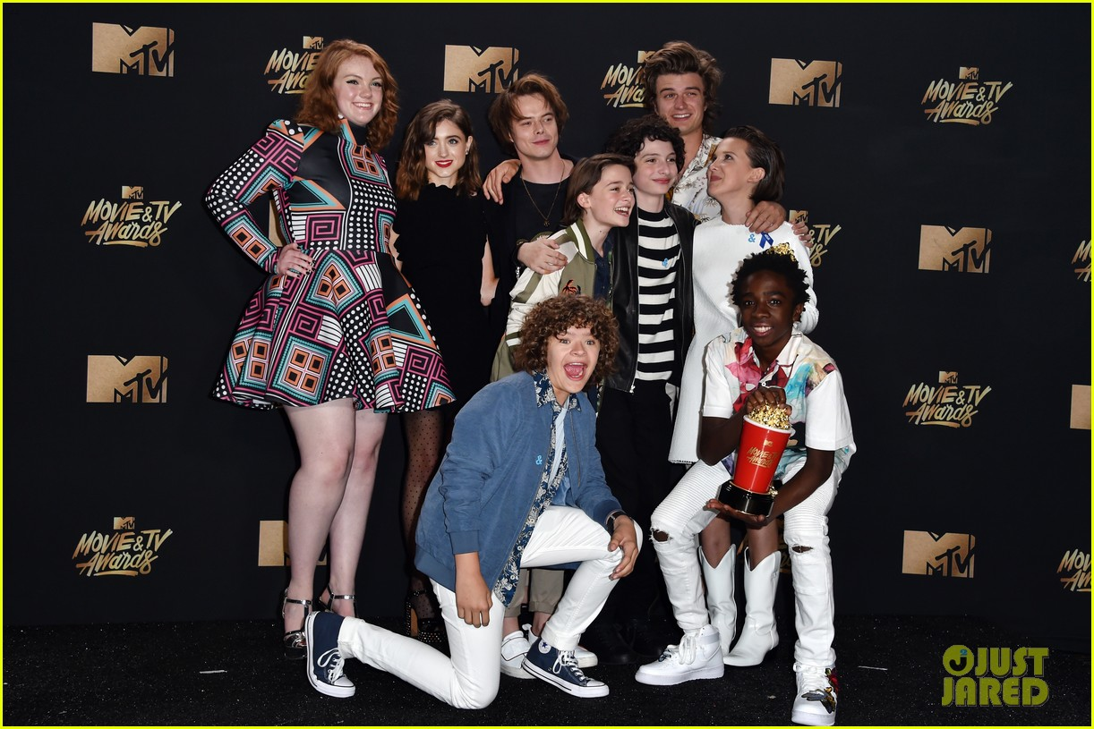 stranger things teens netflix fysee 05