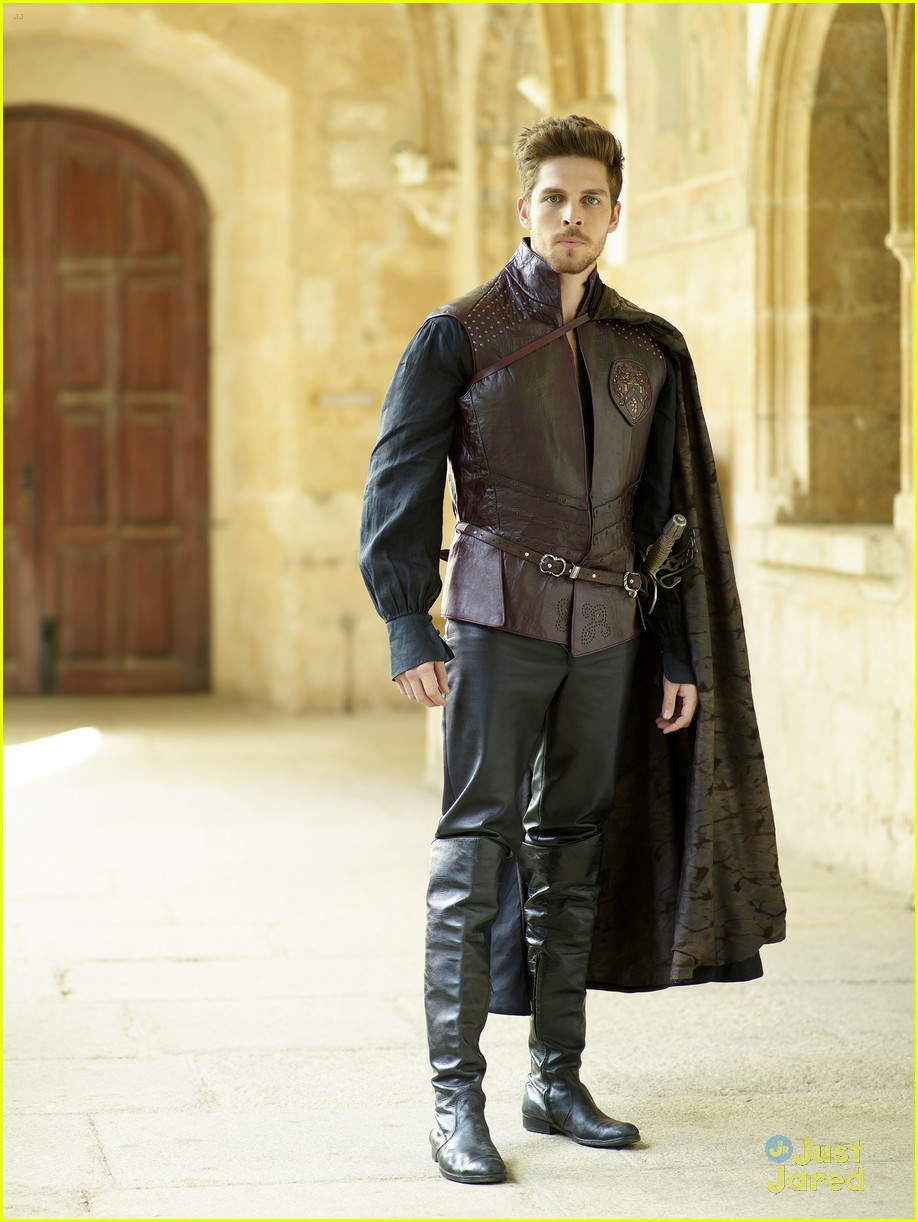 torrance coombs cast star crossed pics 01