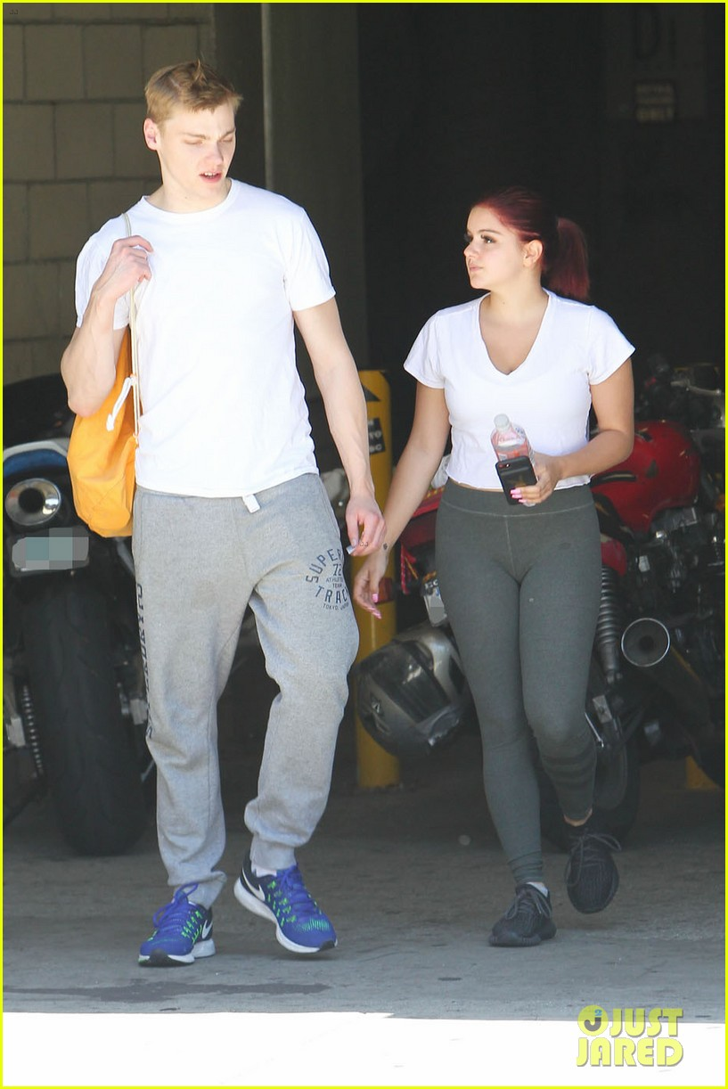 ariel winter shows off new red hair color while out with boyfriend levi meaden2 04