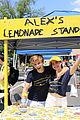 bailee madison alex lange lemonade stand 03